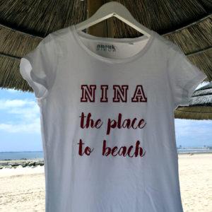 T-Shirt Femme Nina à la plage